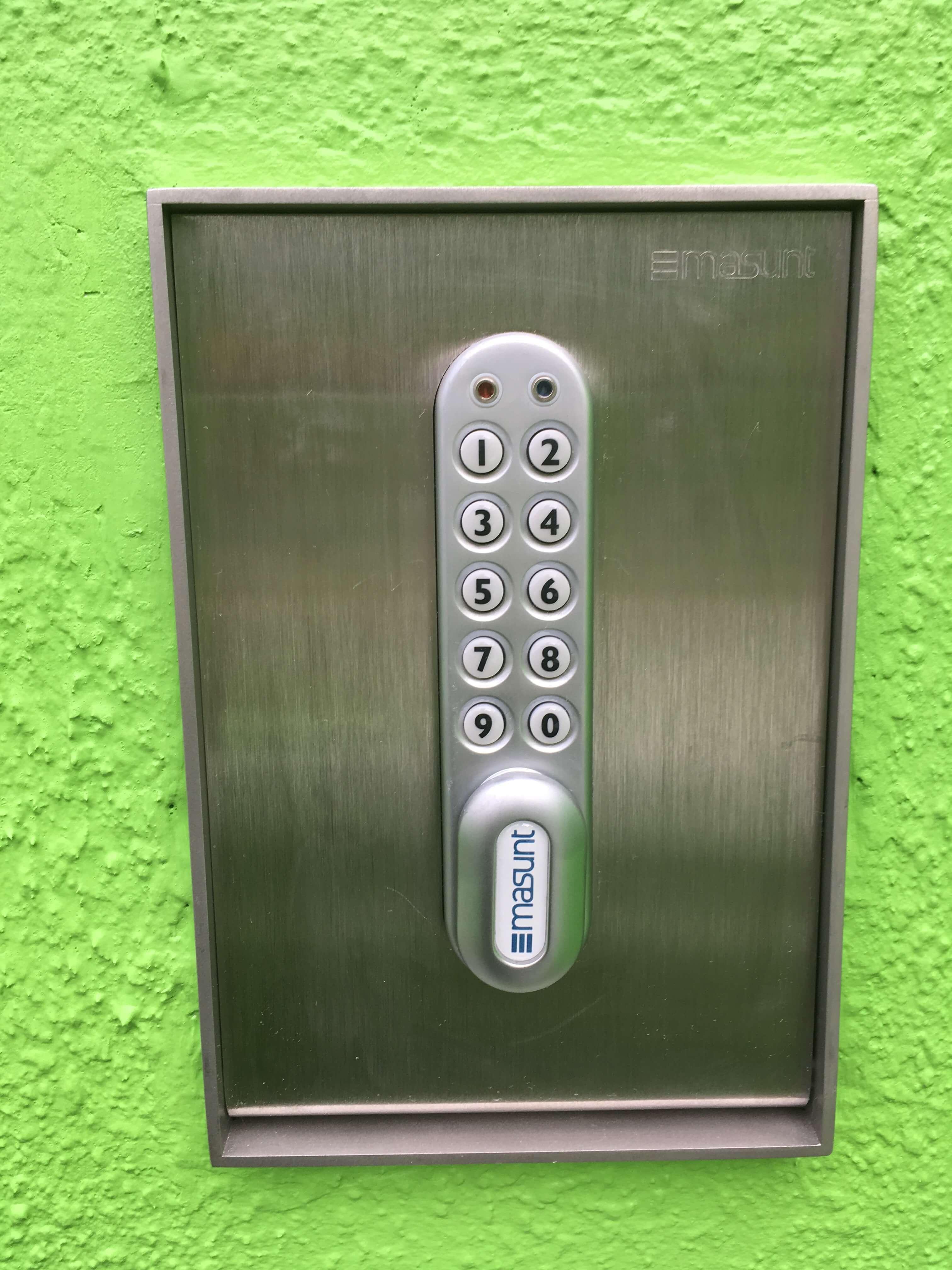 Green15-1-kleinPgGyCNV2WNoaf
